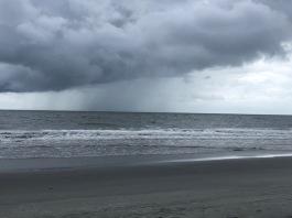Looks like rain!