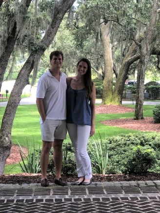 Spanish moss around this beautiful couple!