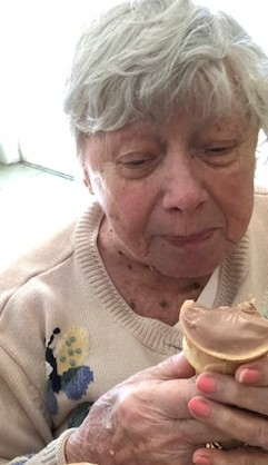 Of course Mom will have ice cream!